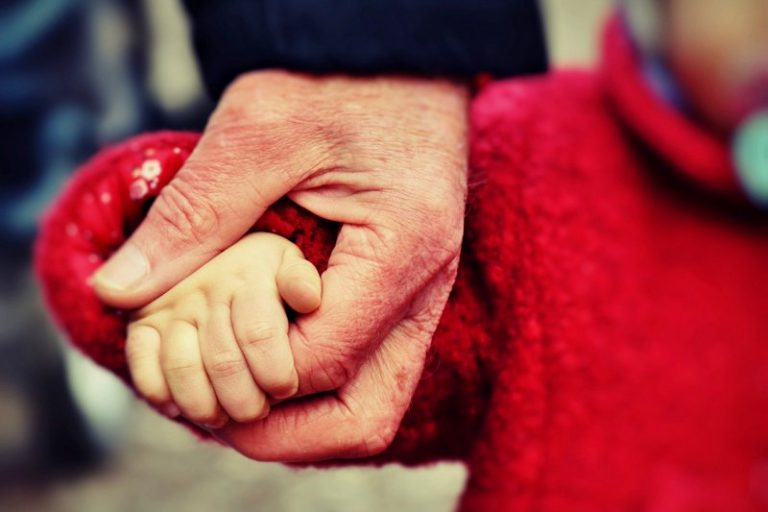 6 Easy Ways to Help a Foster Parent